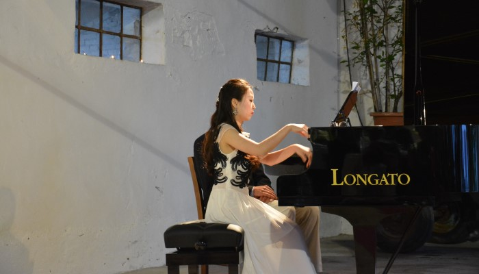 pianoforte donna